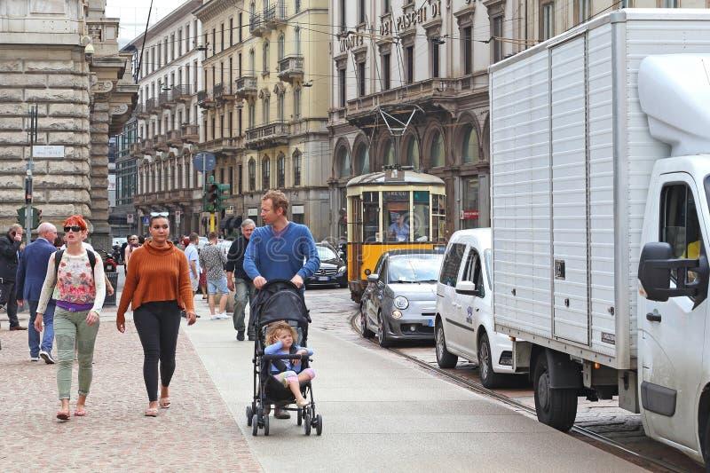 Promenade par Milan photos stock