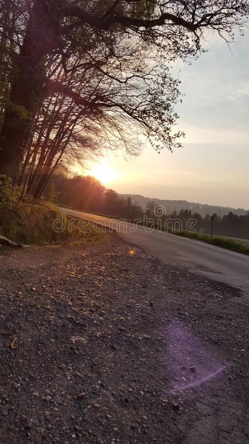 Promenade pierreuse d'espoir photographie stock libre de droits