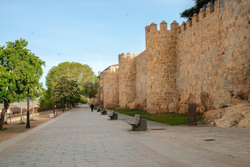 Promenade van rastro in Avila, Castilla en Leon, Spanje stock afbeelding