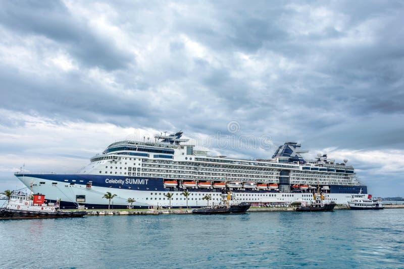 Promi-Gipfel im Hafen lizenzfreie stockfotografie