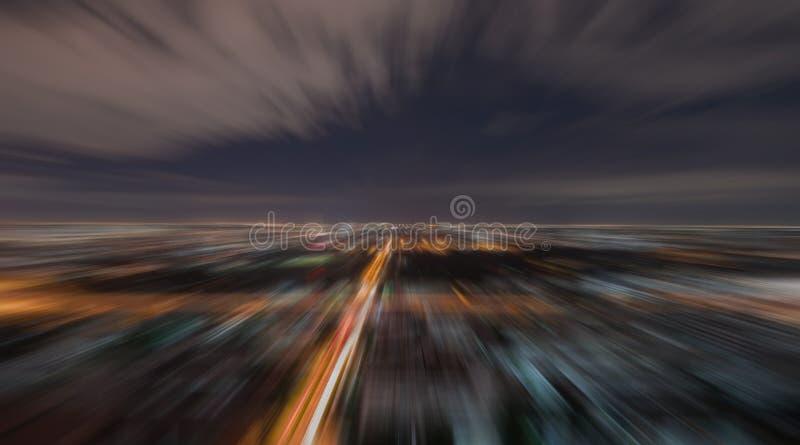 Promieniowa plama Miastowa scena przy nocą zdjęcia royalty free