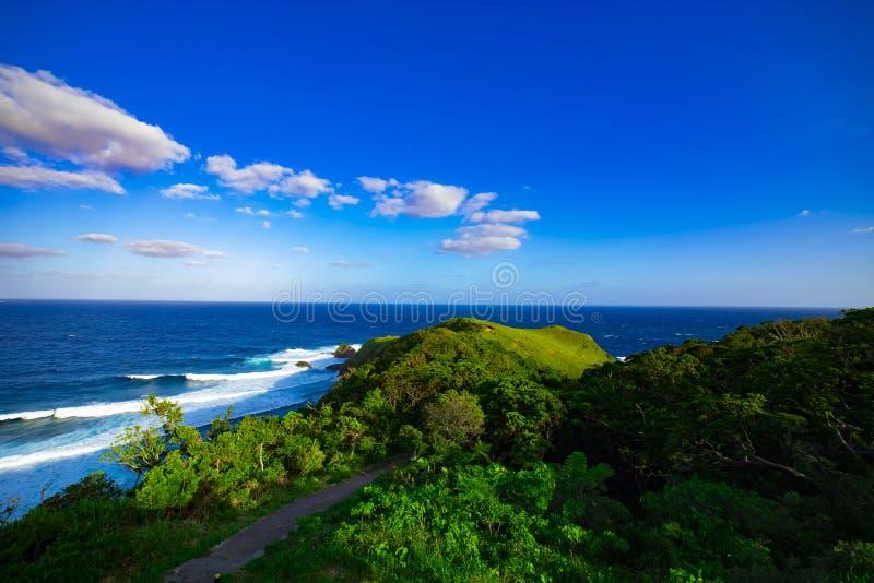 Promontório de Miyakozaki perto do oceano panorâmico no oshima Kagoshima de Amami fotografia de stock