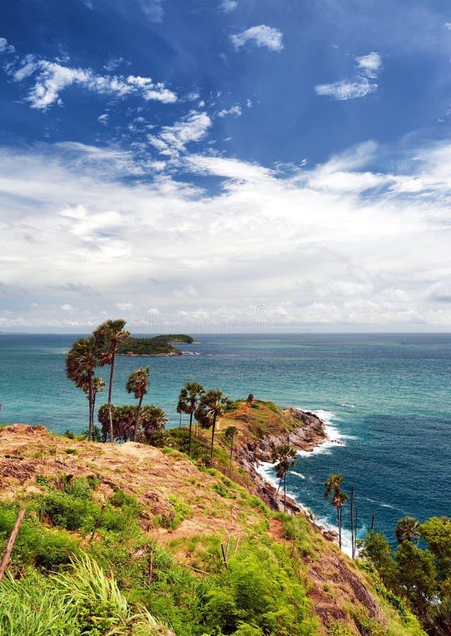 Promthep przylądka Phuket punkt widzenia w Tajlandia. Andaman morze fotografia stock