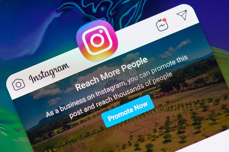 Promuova la posta nel instagram immagini stock
