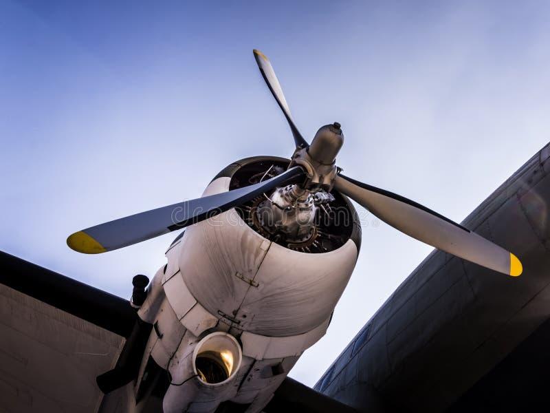 Propellar e motor do C-47 Skytrain de Douglas fotos de stock