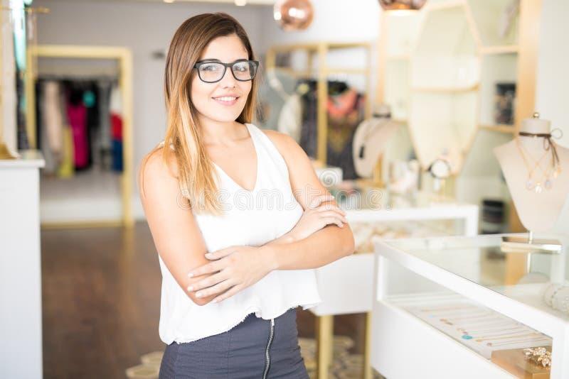Propietario de negocio de una tienda de la moda fotografía de archivo libre de regalías