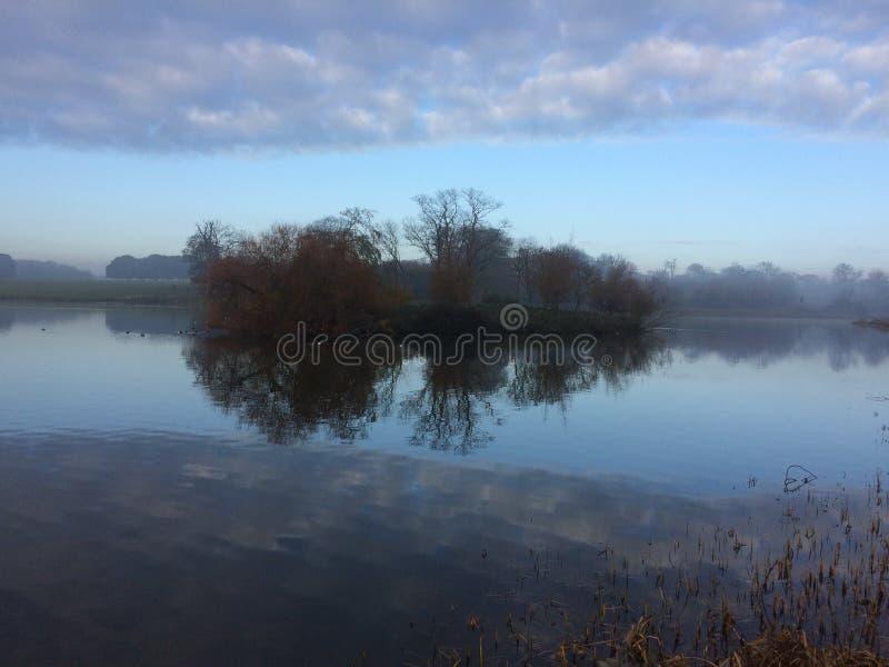 Propriedade de Holkham na névoa 1 imagem de stock royalty free