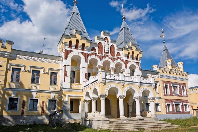 Propriedade do solar de Baron von Derviz em Kyritz Região de Ryazan imagens de stock