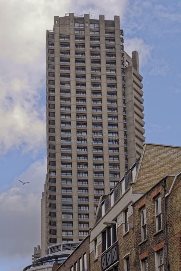 Proprietà Londra del barbacane della torretta dello Shakespeare fotografie stock