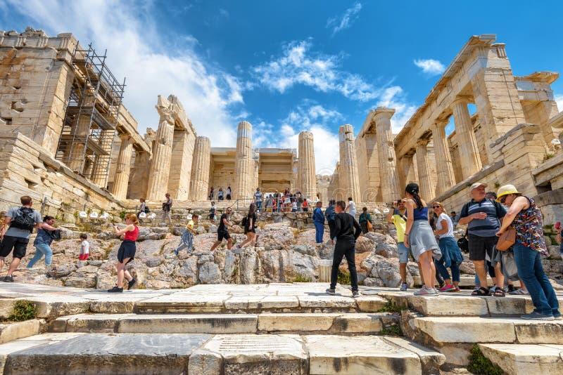 Propylaea de l'Acropole célèbre à Athènes, Grèce image libre de droits