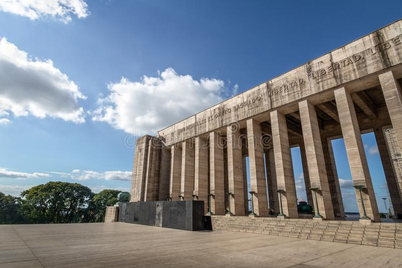Propylaeum triunfal da bandeira nacional Monumento memorável Nacional um la Bandera - Rosario, Santa Fe, Argentina imagens de stock
