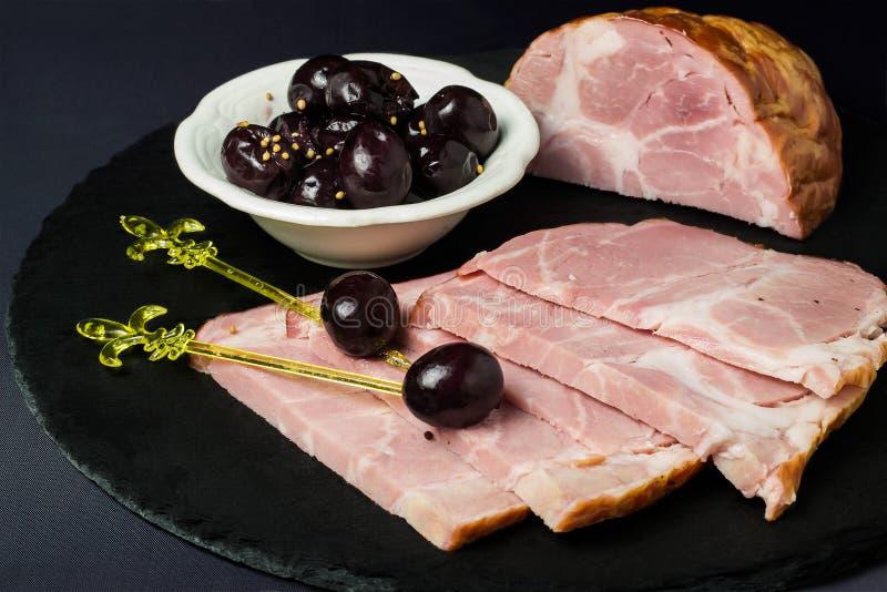 Prosciutto al forno con l'uva marinata immagine stock libera da diritti