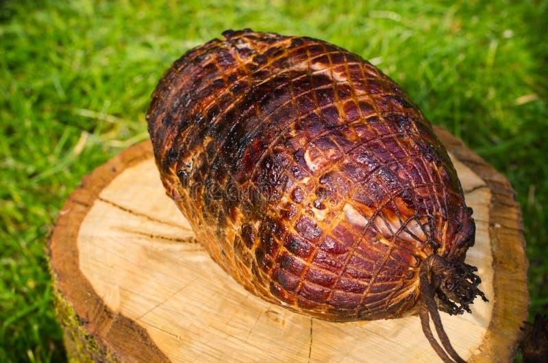 Prosciutto della carne di maiale al forno sul bbq fotografia stock libera da diritti
