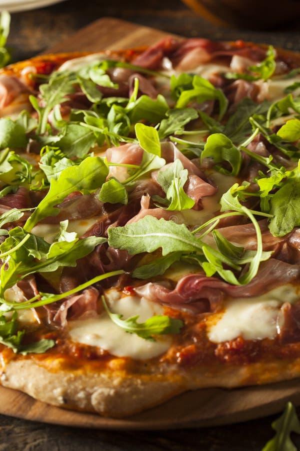 Prosciutto i Arugula pizza zdjęcia stock