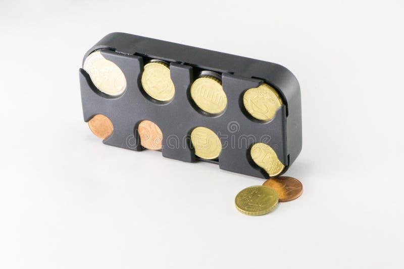 Prosiątko bank z monetami zdjęcia stock