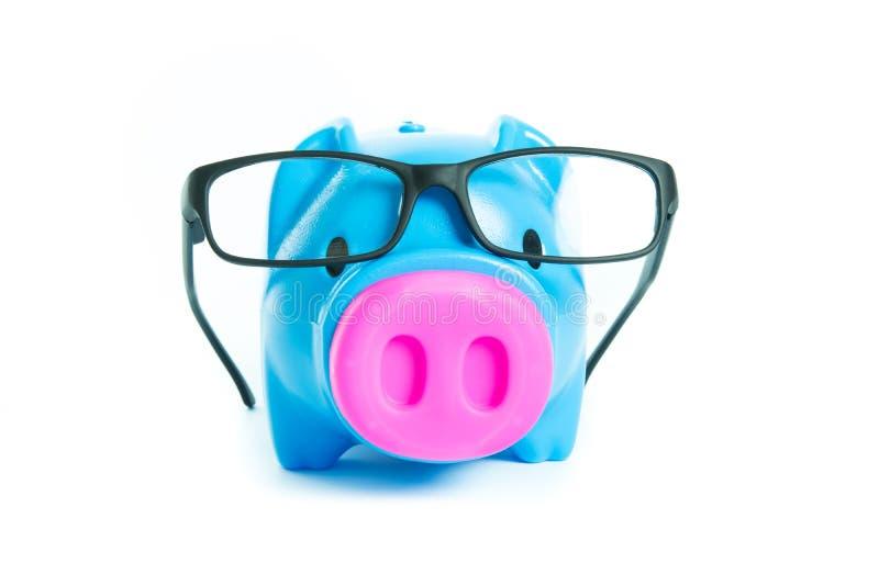 Download Prosiątko Bank Z Szkłami Odizolowywającymi Zdjęcie Stock - Obraz złożonej z pieniądze, twarz: 53791248