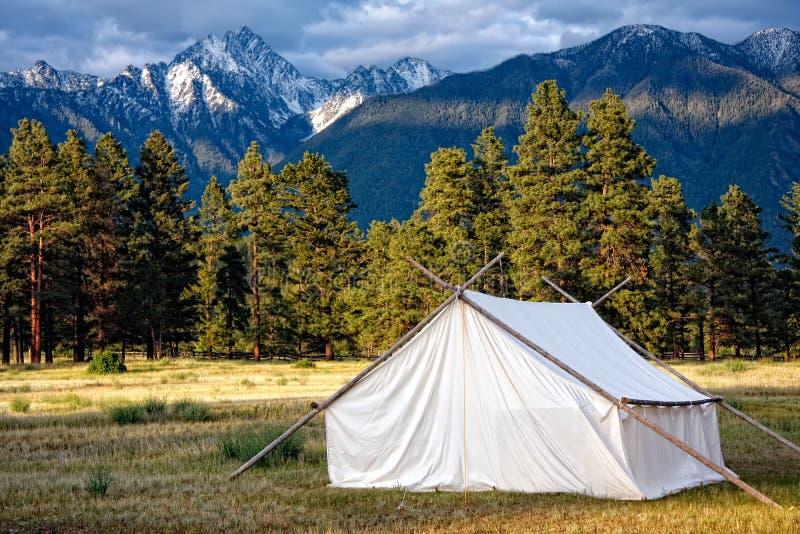 Prospectors barraca e Mountain View fotos de stock