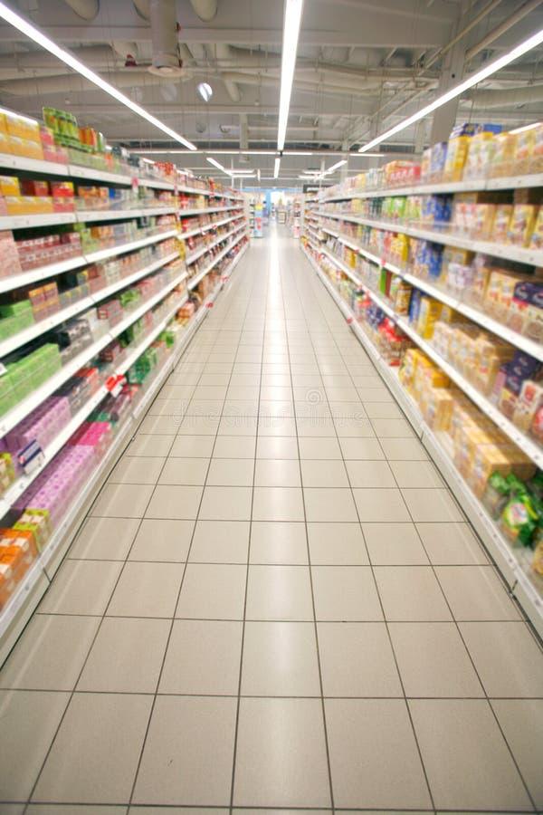 Prospettiva del supermercato immagine stock