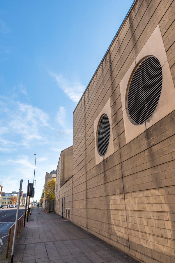Prospettiva della via a Northampton, Regno Unito fotografia stock