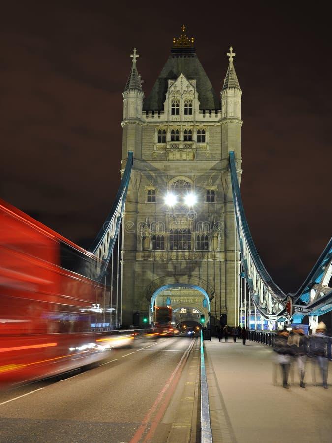 Prospettiva Di Notte Del Ponticello Della Torretta, Londra Immagine Stock Libera da Diritti