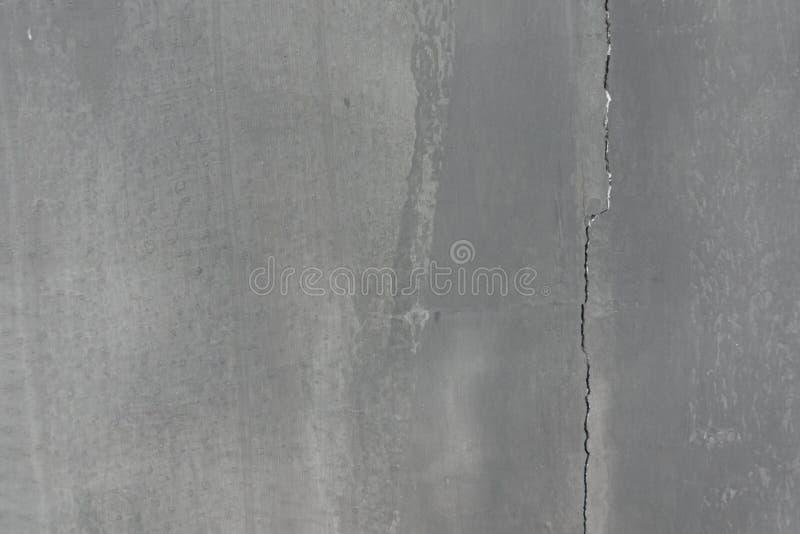 Prosta pionowo krekingowa szarość cementu tekstura fotografia royalty free