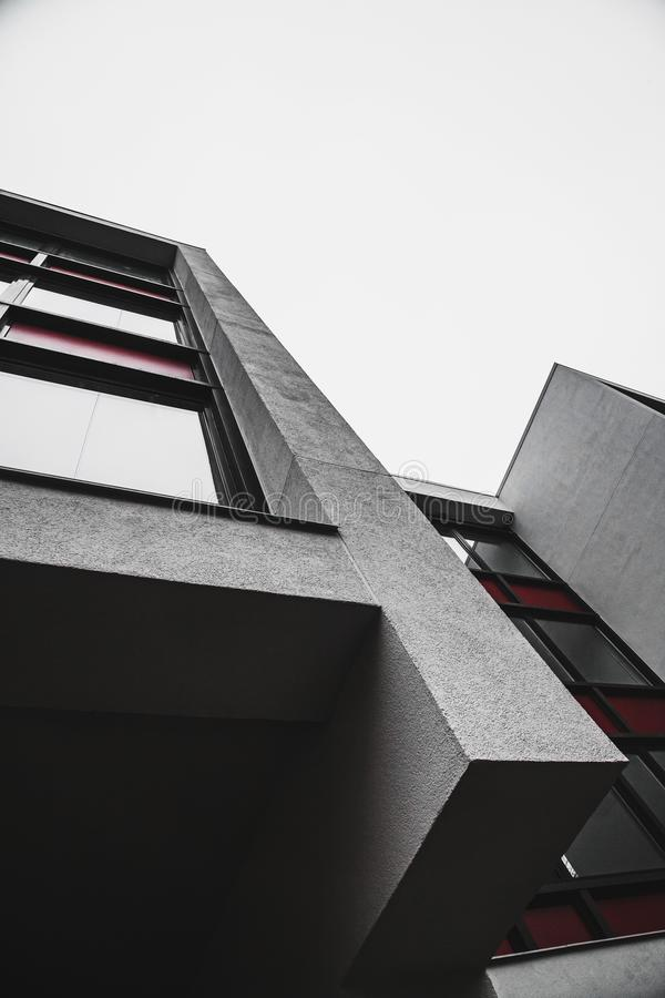 Proste abstrakcjonistyczne formy minimalistic budynek obraz royalty free
