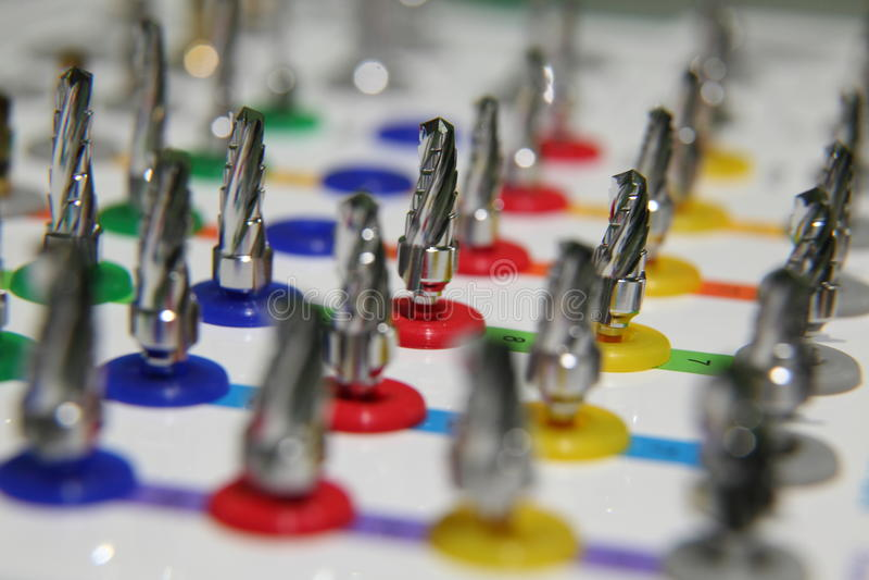 prosthetist pudełka set narzędzia dla instalaci stomatologiczni wszczepy Pudełka Plastikowy ustawiający musztruje medycznego Kodu zdjęcia stock