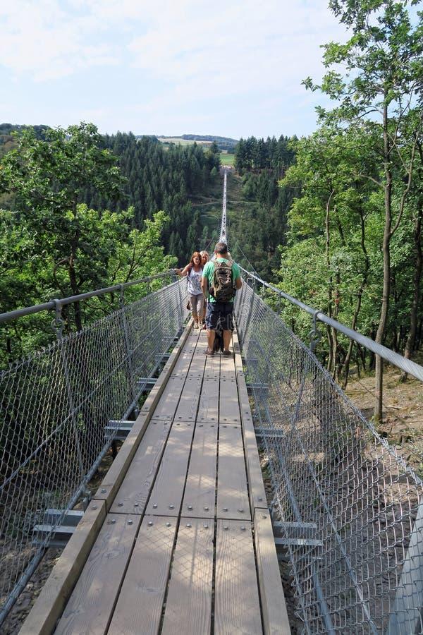 Prosty zawieszenie most Geierlay fotografia stock