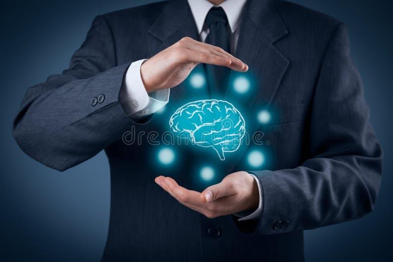 Protégez les idées et la séance de réflexion photos stock