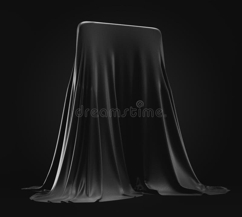 Protótipo de Smartphone escondido sob a tampa preta de pano no fundo escuro imagem de stock royalty free