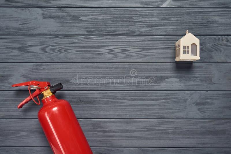Proteção contra incêndios da residência foto de stock royalty free