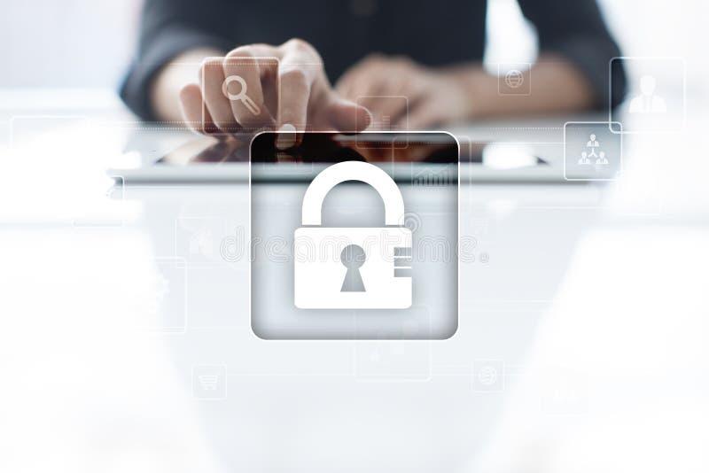 Proteção de dados, segurança do Cyber, segurança da informação Conceito da tecnologia fotografia de stock
