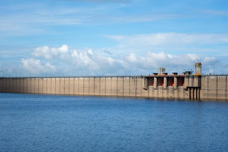 Proteção de inundação e conceito da irrigação fotos de stock