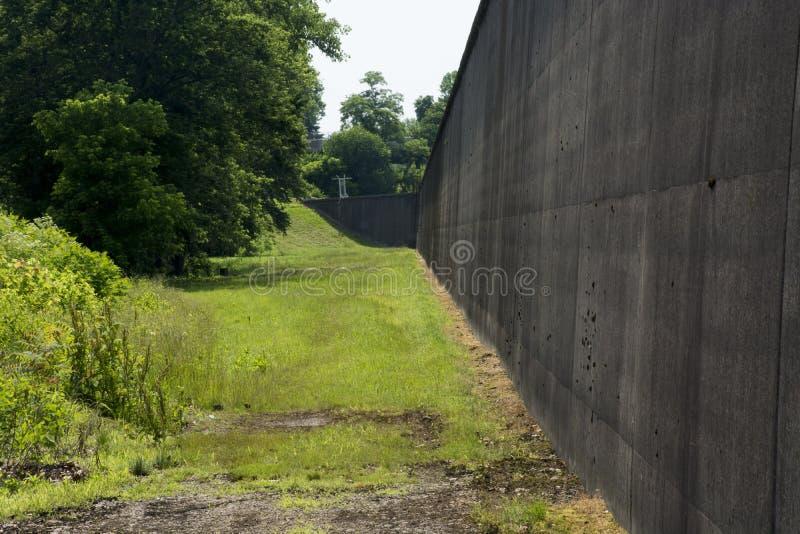 Protection de mur d'inondation photo stock