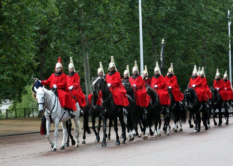 Protectores de caballo reales en Londres foto de archivo