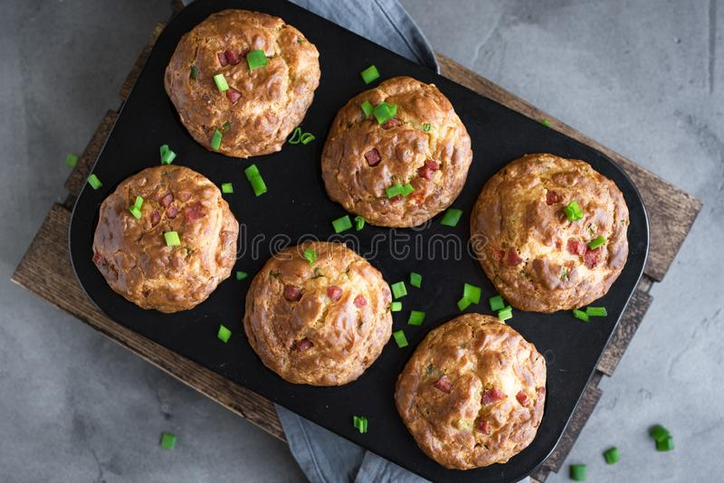 Proteinowi śniadaniowi jajeczni muffins zdjęcia stock