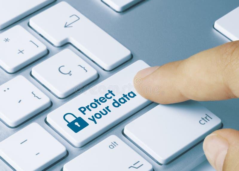 Proteja os seus dados - Inscrição no teclado azul imagem de stock royalty free