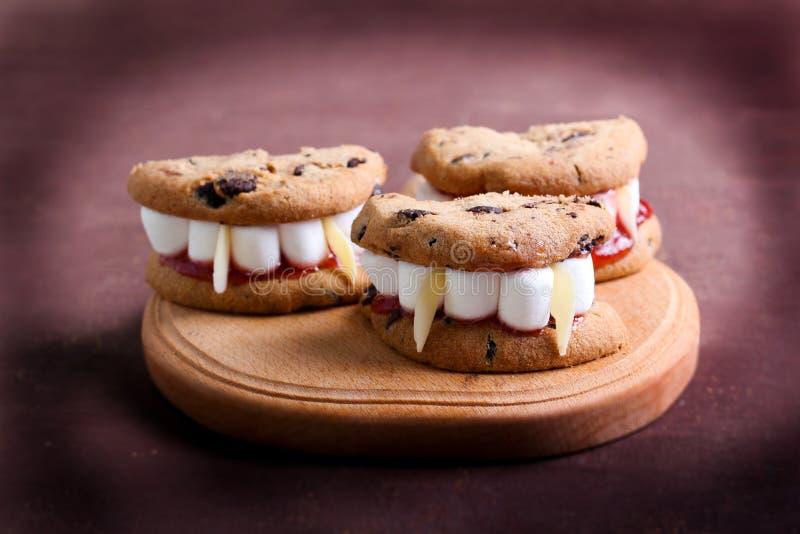 Protesi dentarie di Dracula's per Halloween fotografia stock