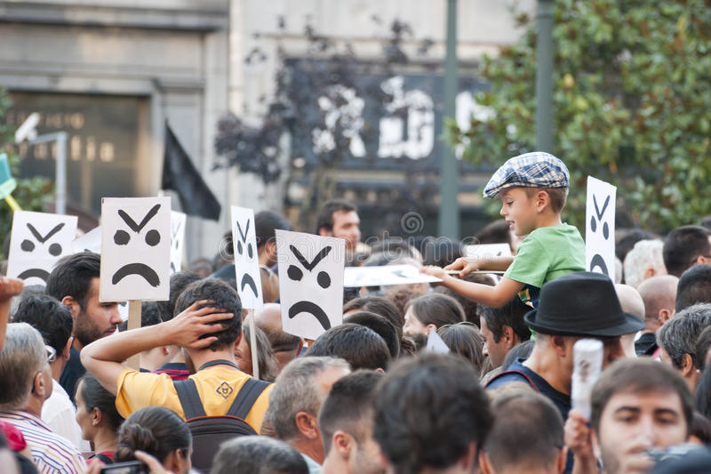 Download Protest Against Government Cuts, Porto Editorial Photography - Image: 26655757