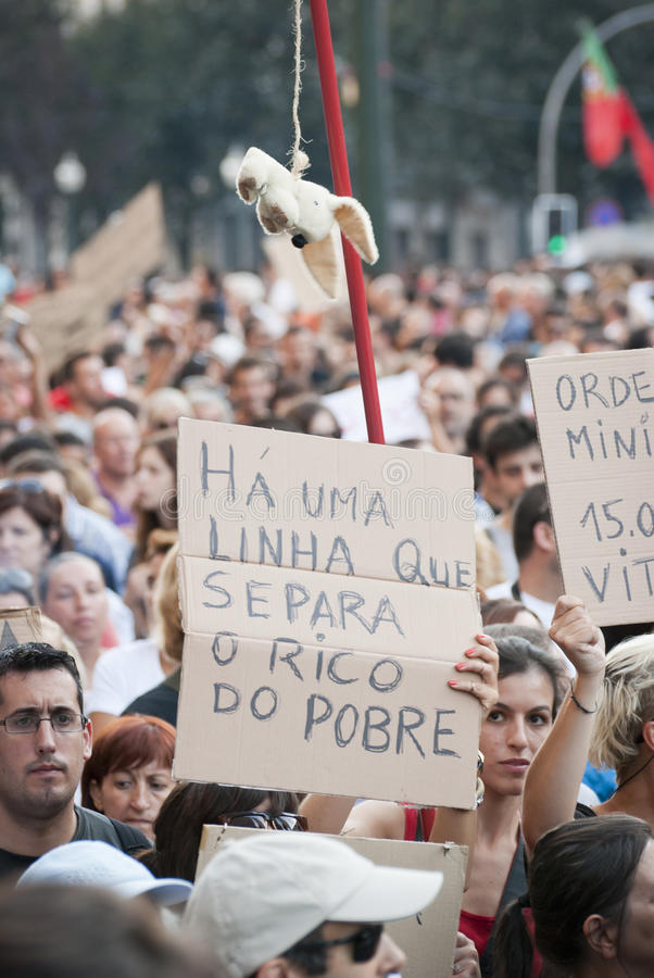 Download Protest Against Government Cuts, Porto Editorial Stock Image - Image: 26655789