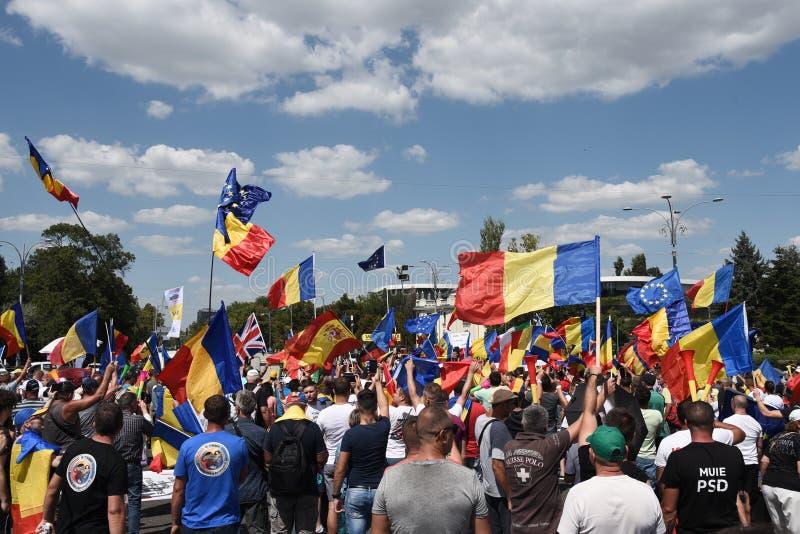 Protest för Romanians från utlandet mot regeringen royaltyfria foton