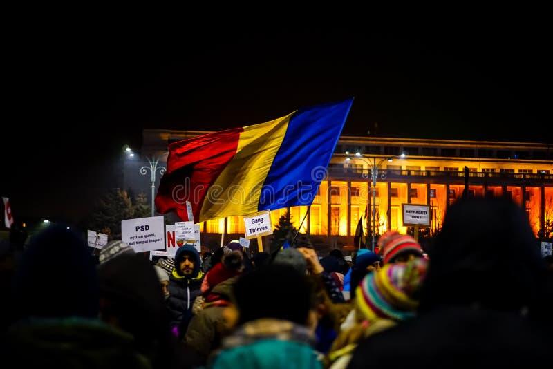 Protest gegen Korruption in Bukarest, Rumänien stockbild