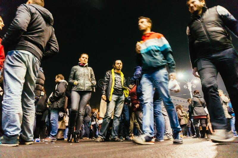 Protest mot regering i Bucharest royaltyfri fotografi