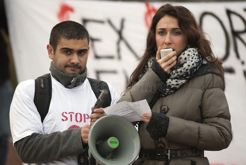 Protest mot våld mot kvinnor royaltyfri foto
