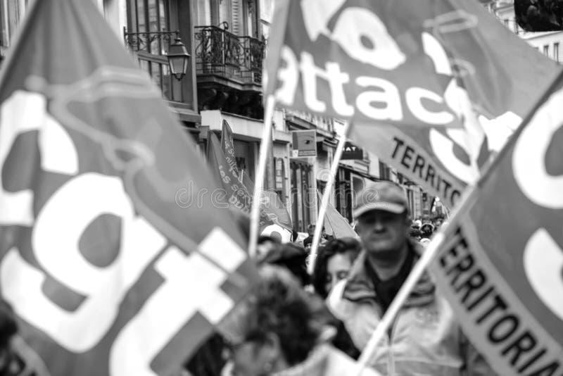 Protest przeciw Macron rzędu Francuskiemu sznurkowi reformy wielo- fotografia royalty free