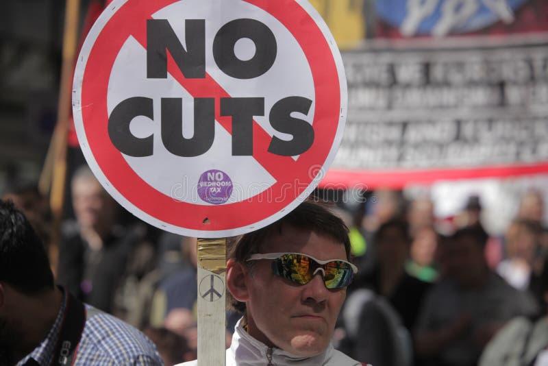 Protest tegen besnoeiingen in openbare uitgaven royalty-vrije stock foto