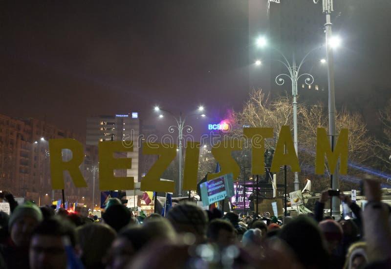 Protest tegen corruptiehervormingen in Boekarest royalty-vrije stock foto's