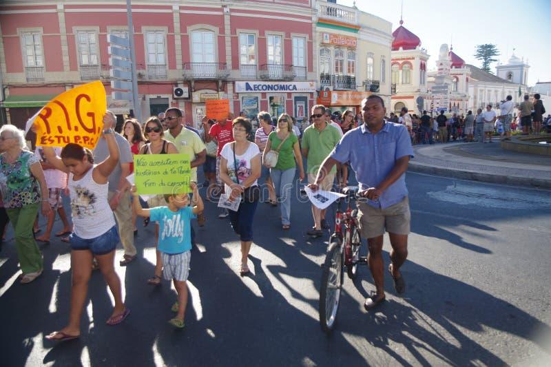 Protest tegen strengheid - Loule royalty-vrije stock afbeelding