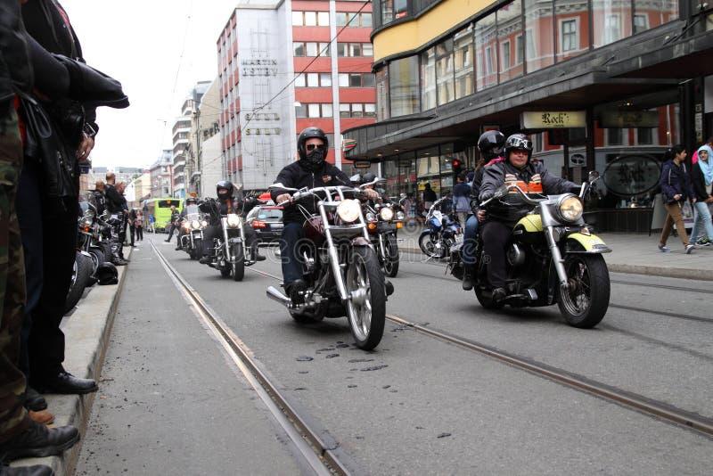 Protest van motorfietsclubs Oslo stock foto's
