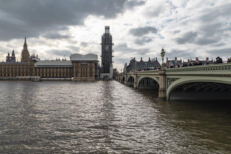 Protesta anti de Brexit en el puente de Front Of Big Ben Over Westminster foto de archivo libre de regalías